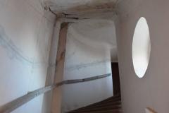 schodiště k panské oratoři před rekonstrukcí malá