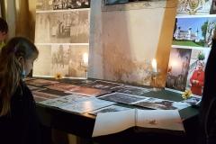 návštěvníci si prohlédli dobové fotografie s vazbou na rodinu Františka Ferdinanda dÉste v Chlumu