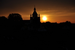 Kostel východ slunce POtměšil